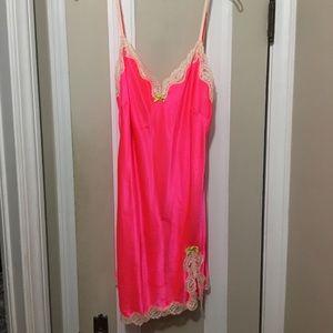 Neon pink Sz L Victoria Secret Slip.